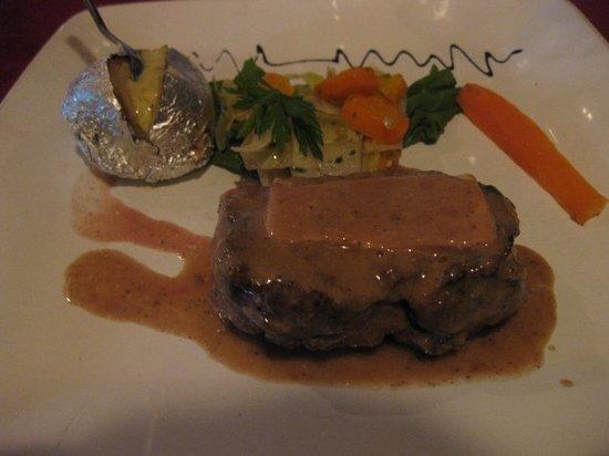 Escargot: filet mignon with foie gras
