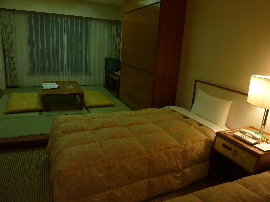 Resort Pia Hakone: ベッドと畳が両方楽しめました。