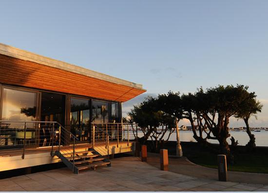 Christchurch Harbour Hotel & Spa: The Jetty Restaurant