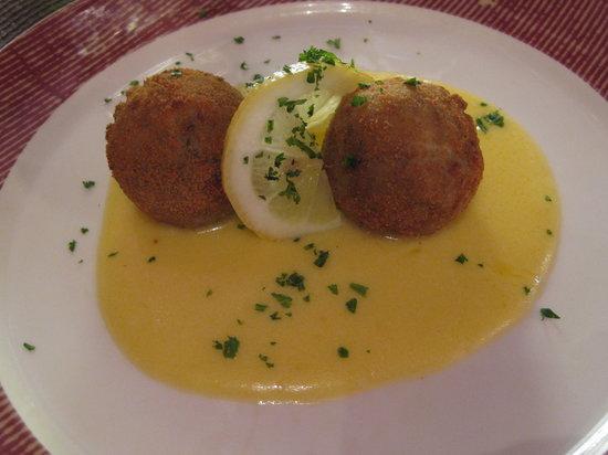 Chez La Vie: fishcakes