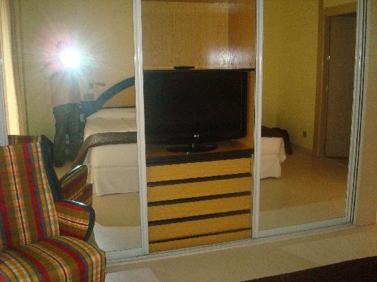 Hotel Palacio del Mar: detalle armario