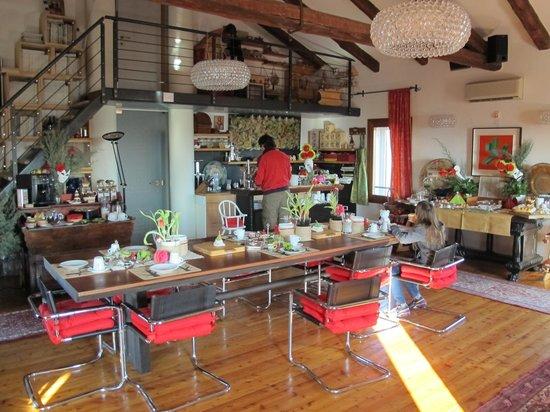 Abitare Santa Teresa: sala colazioni