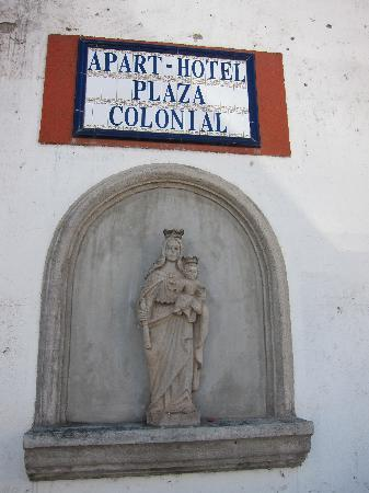 Aparthotel Plaza y Colonial: Entrance