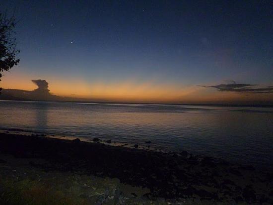 The Wakaya Club & Spa: Most amazing sunsets....