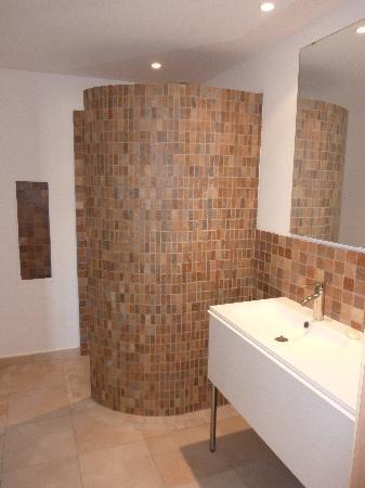 Residence Terra Thea: La salle de bain du T1