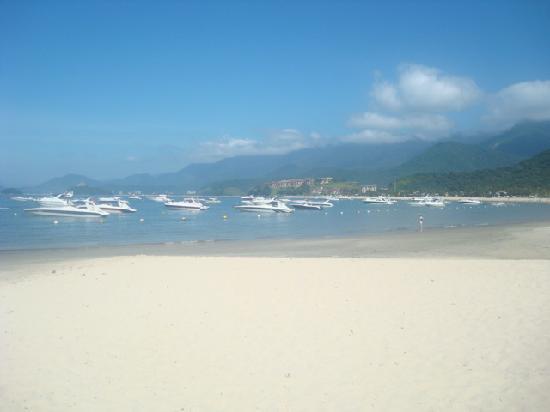 Pousada Port Louis: Praia sem ondas