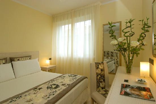 Hotel Chiaraluna: Camera