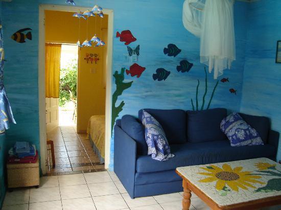 Villa Sunflower: Blue Apartment