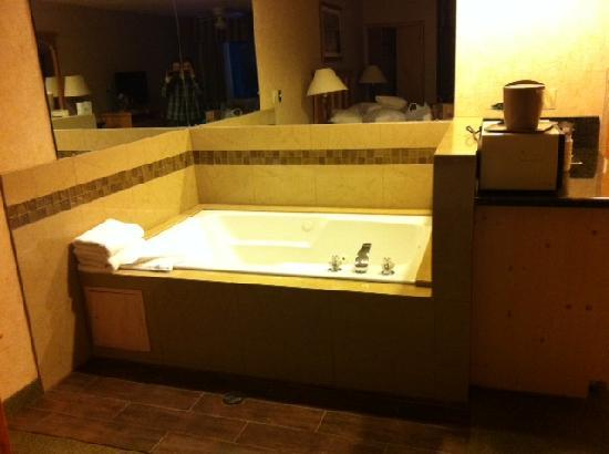 Best Western Mt. Hood Inn : Jet tub great after a day of snowboarding