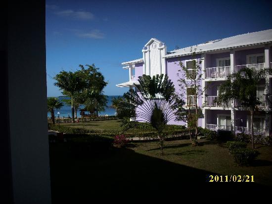 ريو نيجريل أول إنكلوسف: Hotel