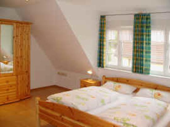 Gasthaus Kranz: Schlafzimmer FeWo 1