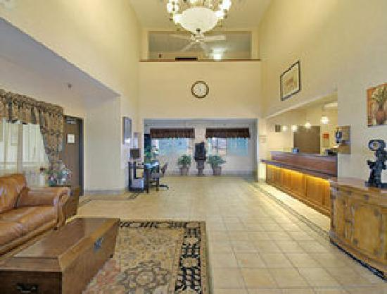 New Victorian Inn & Suites Sioux City: Lobby