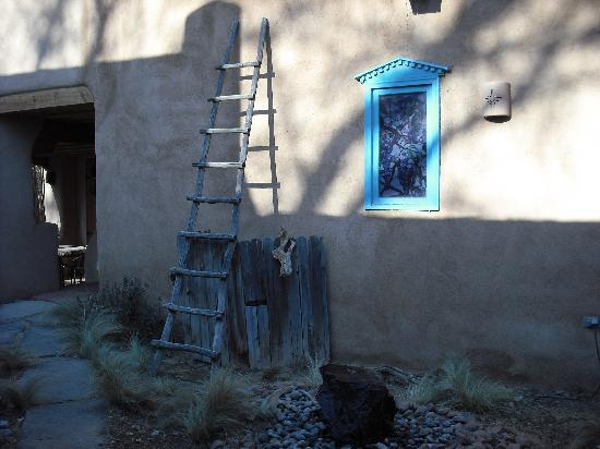 Adobe Nido Bed & Breakfast: Beautiful Courtyard
