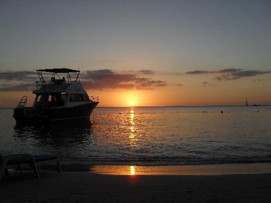 tramonto a west bay