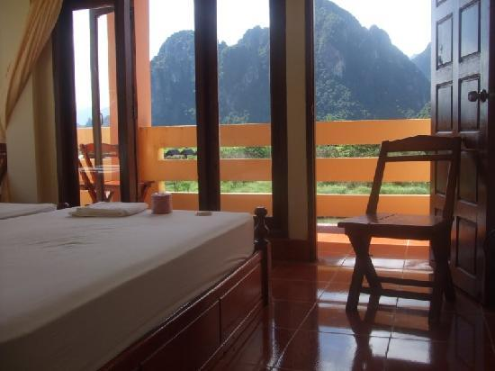 Popular View Guesthouse: Mountains view room