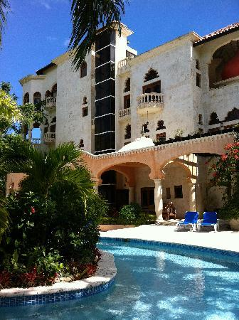 The Palace at Playa Grande: A view from the pool looking at the main building.