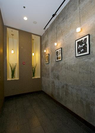 amenities picture of sleep inn suites downtown inner. Black Bedroom Furniture Sets. Home Design Ideas