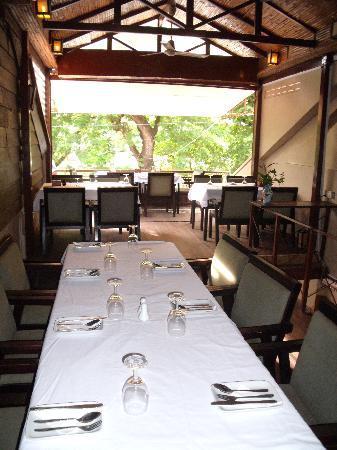 Fresh Chilli Si-Dang: Upstairs Balcony
