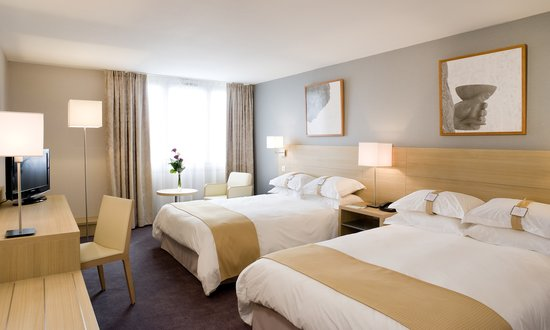 Best Western Plus Paris Orly Airport: Chambre famille avec 2 grands lits doubles - limitées à 4 personnes