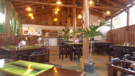 Huacas, Costa Rica: The main room