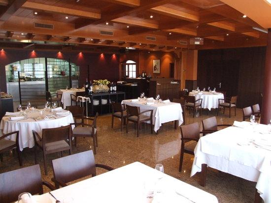 Restaurante Ristol Viladecavalls: Comedor