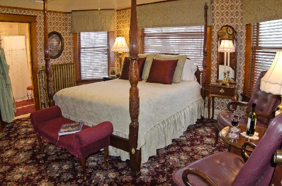Port Washington Inn: Dorothy's Room