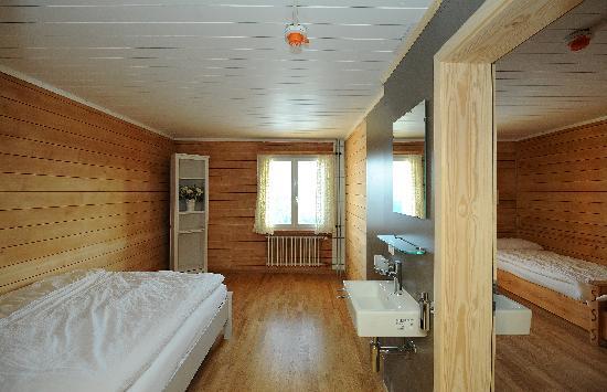 Berghaus Niederhorn: Double Room