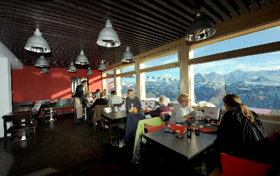 Berghaus Niederhorn: Our Restaurant with Service
