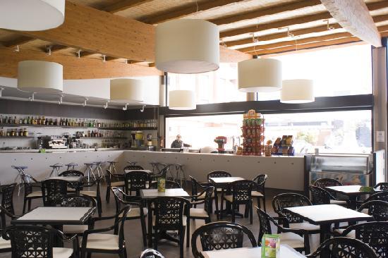 Hotel Papi: Bar