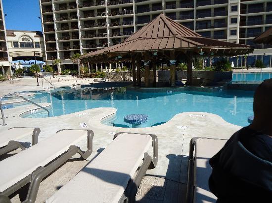 North Beach Plantation: pool with a bar