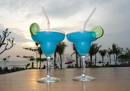 Padma Resort Legian: Happy Hour
