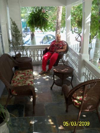 The Duval Inn: relaxing on the porch
