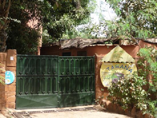 Hotel Tamana: Tamana Entrance