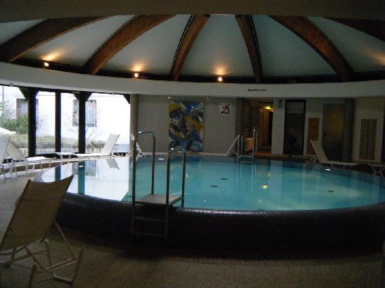 Steigenberger Hotel Berlin: The hotel pool