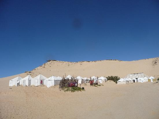 Dakhla Attitude Hotel : Some of the tents