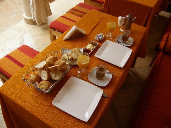 Le Riad Chalymar: petit déjeuner