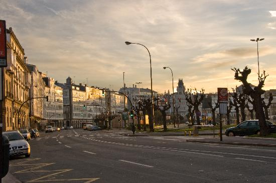 La Coruña, Spagna: La Marina al amanecer