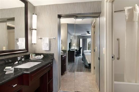 Homewood Suites by Hilton Slidell: Bathroom