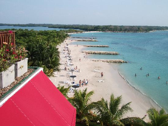 Decameron Baru: Une belle vue de la plage