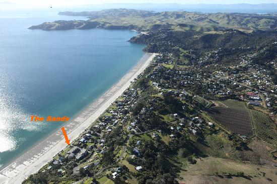 The Sands - Waiheke Island: The Sands / Onetangi Beach