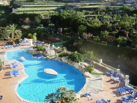 diverhotel Tenerife Spa & Garden: Blick auf Pool