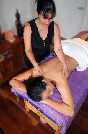 إيجيبشن دريم ريتريت: Theraputic massage