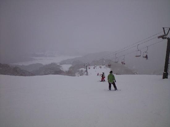 Okukannabe Ski Area: 奥神鍋-ロマンスコースより-