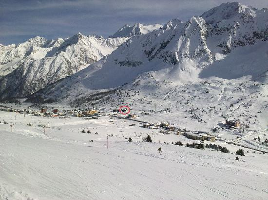 Hotel Savoia: Hotel location within Passo Tonale, looking at it from the Nortern slopes