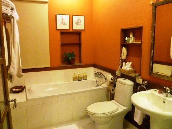Amarela Resort: Bath