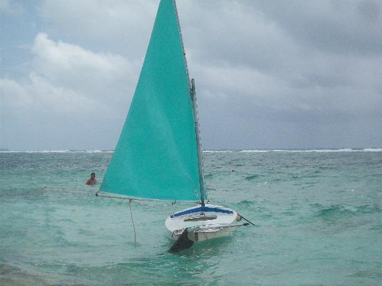 Decameron San Luis: playa y deportes nauticos gratis