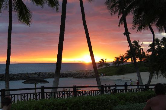 Beach Villas at Ko Olina: sunset from hot tub