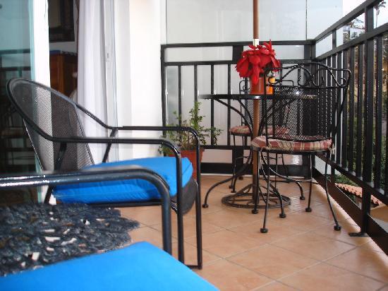 Villa Olivia: Balcony