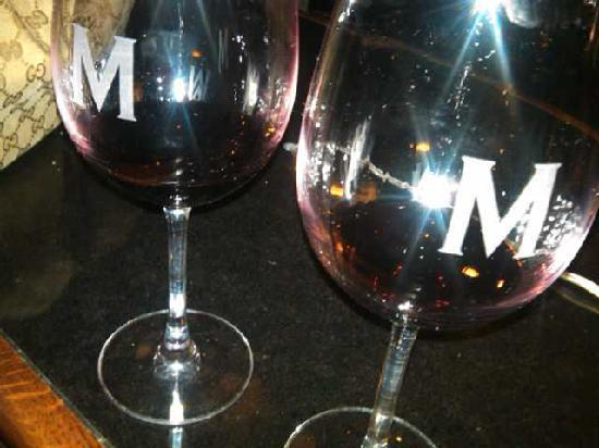 Maggiano's Little Italy : Maggiano's Wine Classes with a Big M on them