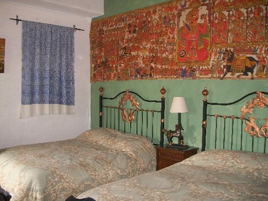 La Villa Serena: Another view of room